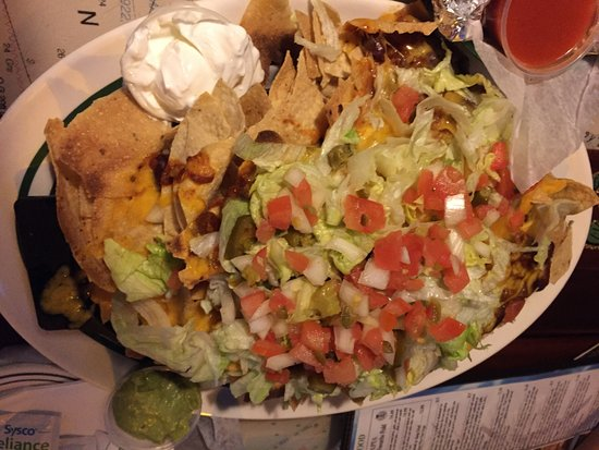 Flanigan's: Nachos not all that