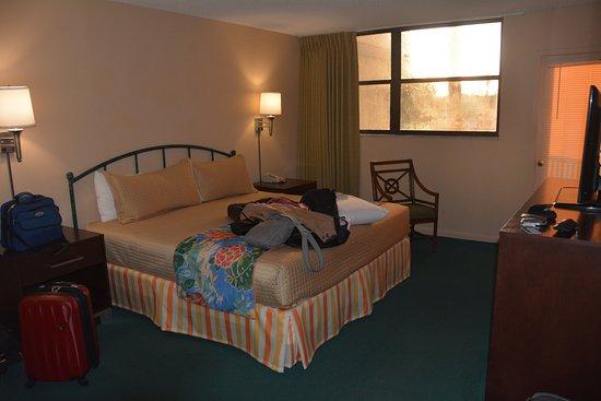 Vacation Village at Weston : Master bedroom