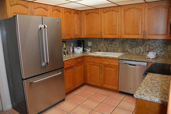 Vacation Village at Weston : lovely kitchen