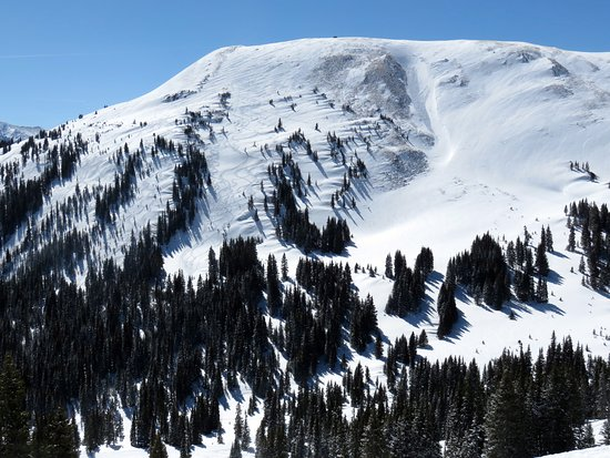 Copper Mountain: Looking up at Buzzards alley