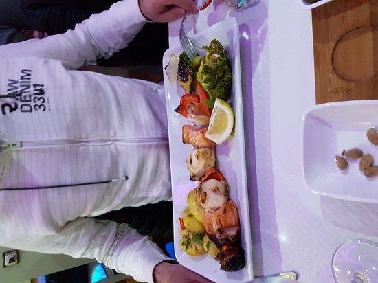 Adris Restaurante Lounge: 20170225_202004_large.jpg