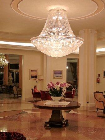 Hotel All'Alba : Zona soggiorno molto bella