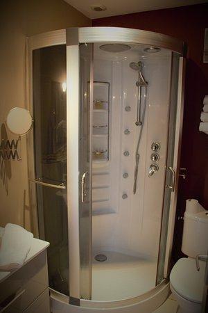 cabine de thalasso photo de hotel du large plougonvelin tripadvisor. Black Bedroom Furniture Sets. Home Design Ideas