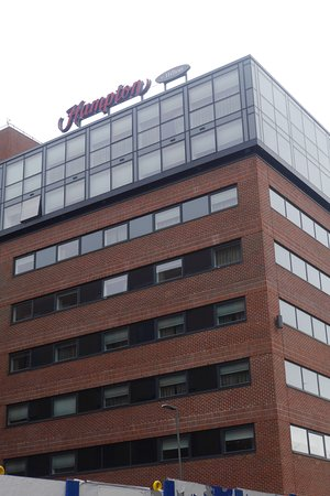 Hampton by Hilton Liverpool City Centre: Exterior of hotel