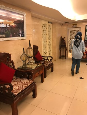 Nice Hotel & Staff