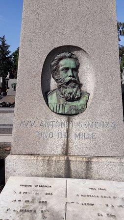 Cementerio Monumental: Avv. Semenza, uno dei Mille