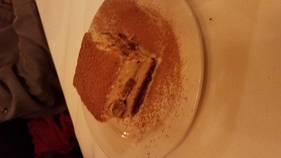 Grass Valley, Californien: Save room for dessert. The pistachio ice cream was fabulous.