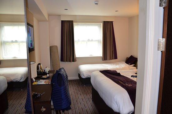 Premier Inn Salisbury North Bishopdown Hotel: habitación