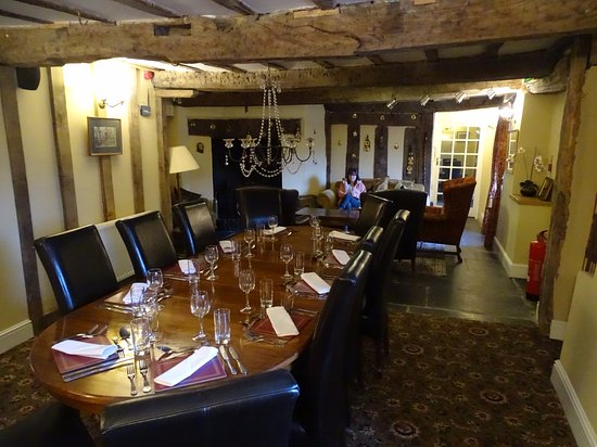 Machynlleth, UK: This is one dining room for groups, but there are several other super rooms for more casual dini