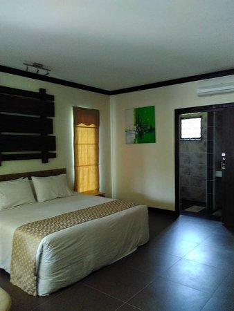 Felda Residence Hot Springs: Bedroom 1