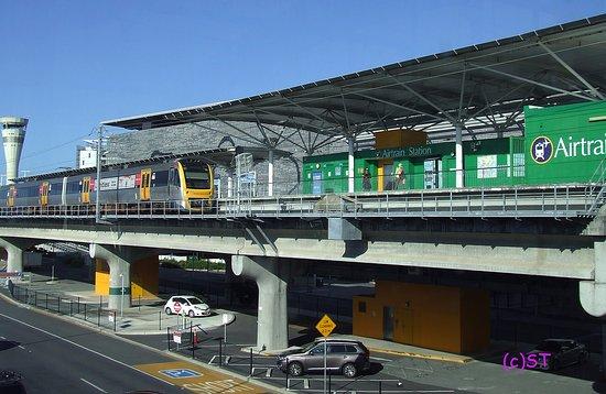 Airtrain - The Brisbane Airport Train