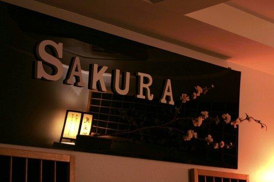 Sakura Bienestar & Essence