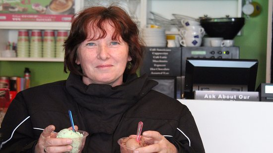 Youghal, Ireland: Guest with 2 Ice Cream