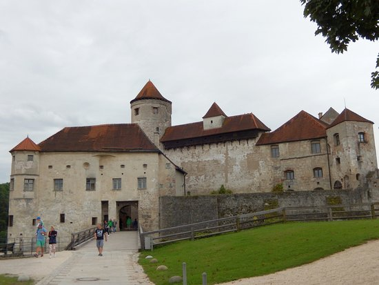 Burghausen, Niemcy: Acceso al castillo principal