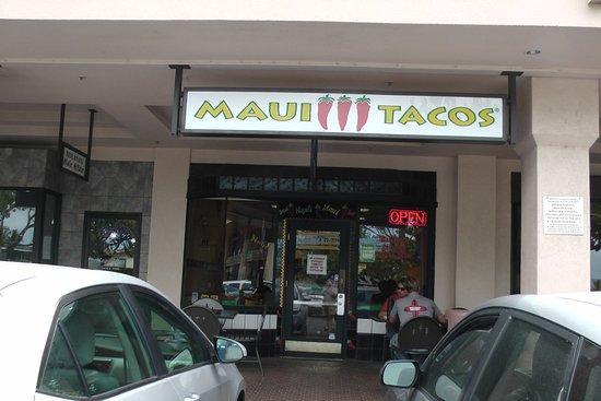 outside view Maui Tacos Napili in January 2017