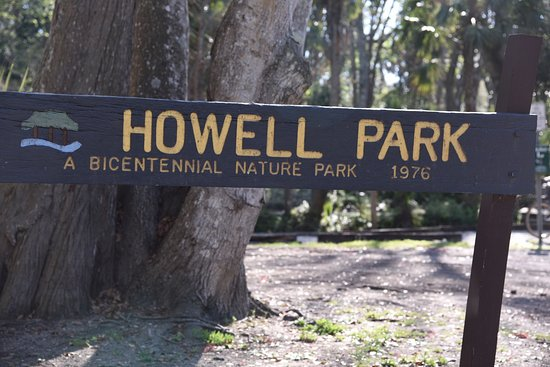 Atlantic Beach, FL: Howell Park - Main sign off the road