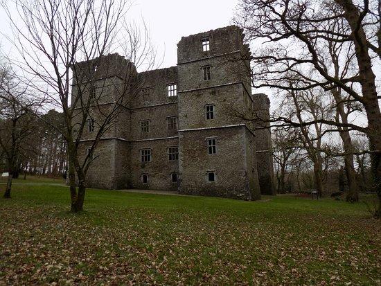 Kanturk, Irland: Vista exterior del castillo.
