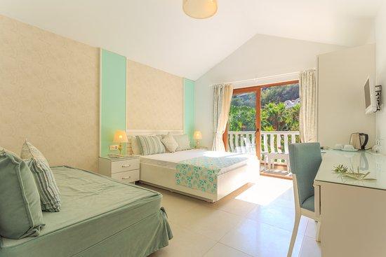 Flamingo Hotel: Turquaz/Superior Room