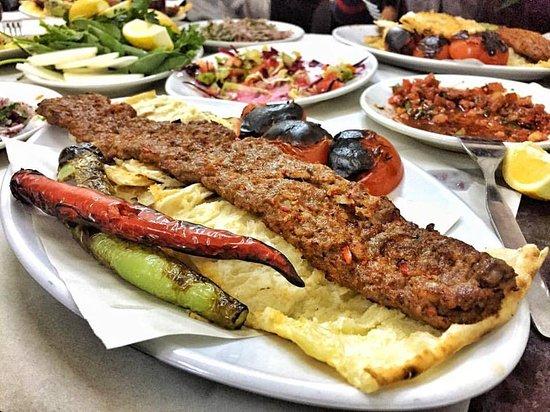 Makanan Lezat Dari Turki Yang Wajib Anda Coba!