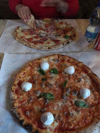 Pulecenella Pizzeria: ...pizzeria stupenda e molto semplice da raggiungere!!personale cortese e molto ospitale..ritorn