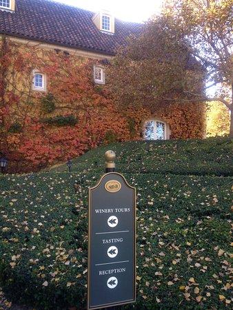 Jordan Vineyard & Winery: Jordan Winery in the Fall