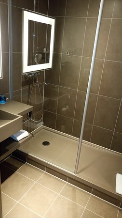 Salle de bain - Bild von Novotel München City Arnulfpark, München ...