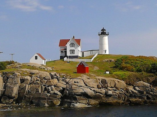 Cape Neddick Nubble Lighthouse: Gorgeous Nubble Light!
