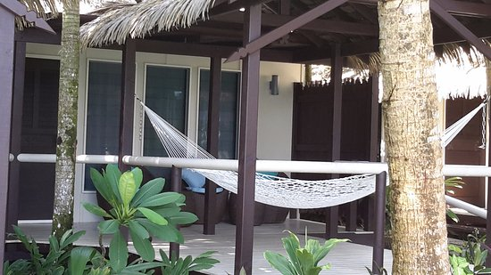 Seabreeze Resort: hammock on the deck