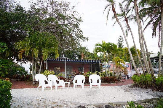 Siesta Key Bungalows Picture