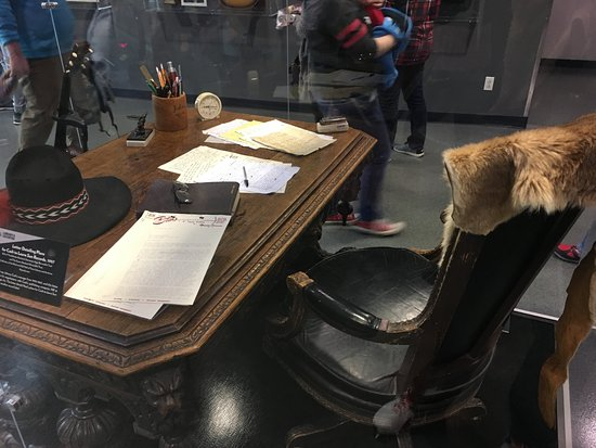 Rock & Roll Hall of Fame: Johnny Cash's writing desk