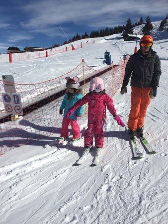 SnowLimits Ski School : photo3.jpg