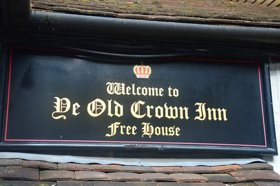 Edenbridge, UK: always a traditional warm welcome here
