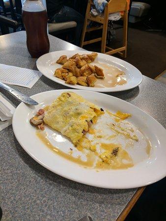Roseburg, Oregón: Breakfast at Casey's