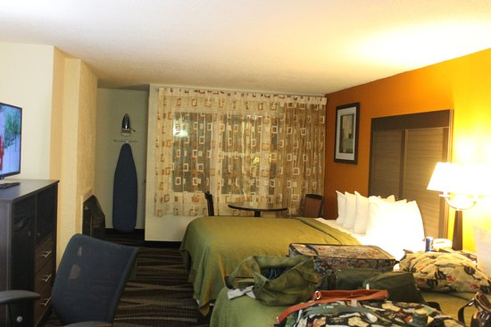 Quality Inn Creekside: our room creekside
