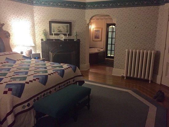 Elmwood Heritage Inn: photo0.jpg