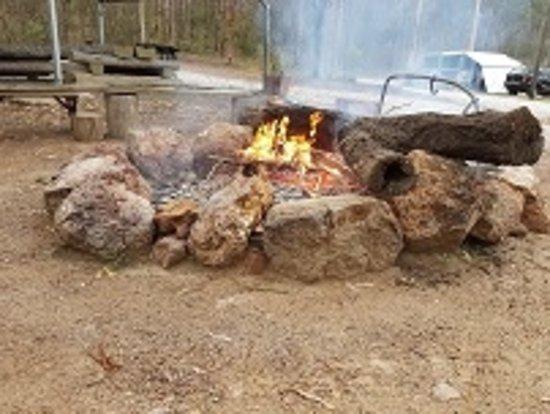 Murgon, ออสเตรเลีย: Fire pit
