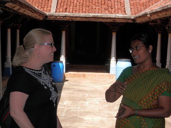 The Bangala: Visiting a mansion with hotel guide Unna