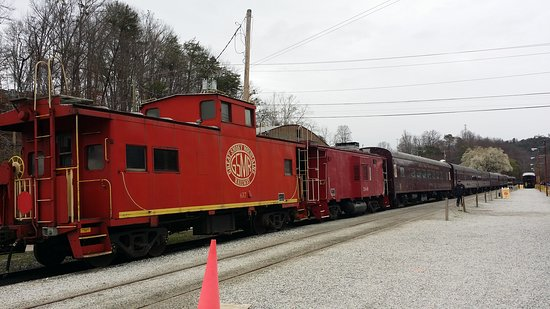 Great Smoky Mountains Railroad: 20170311_101933_large.jpg
