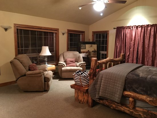 Lowman, ID: Masterbedroom, with amazing river views