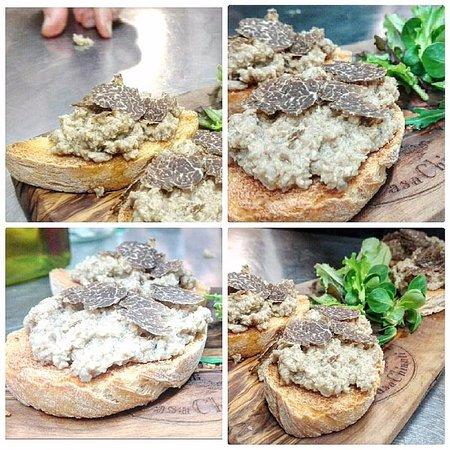 Osteria di Casa Chianti: Crostoni di Fagiano e Tartufo Fresco
