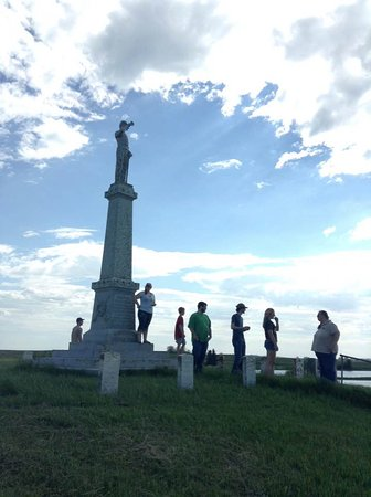 "Kulm, ND: Monument dedicated to the ~20 U.S. soldiers that perished in the ""battle"""