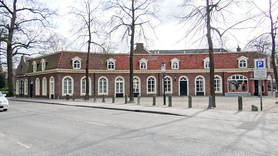 Driebergen, The Netherlands: right wing