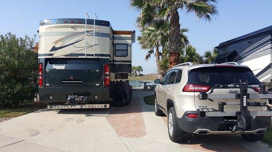 Gulf Waters Beach Front RV Resort: RV Site