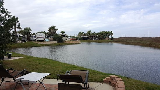 Gulf Waters Beach Front RV Resort: One of the ponds on the property