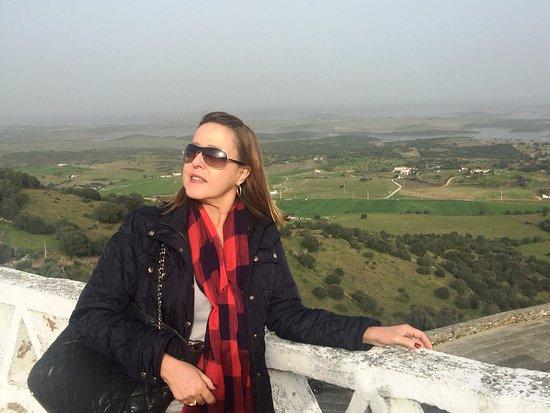 Monsaraz, Portugal: Vista do terraço do restaurante Taverna do Templários