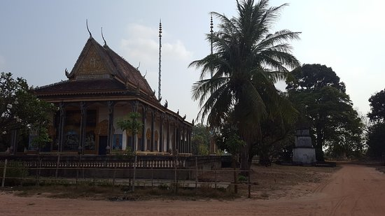 Khmer Ways - Moto Adventures Day Tours: Temple