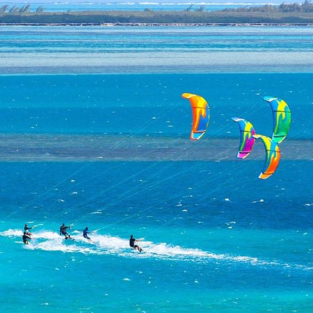 Kitesurfing lessons in Koh Phangan