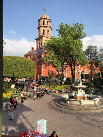 Jardin zenea queretaro city jardin zenea yorumlar for Jardin zenea queretaro