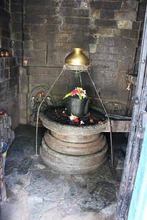 Kullu District, Ấn Độ: The inner sanctum.....