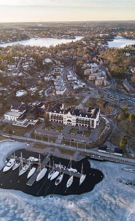 Saltsjobaden, Suecia: Hotel and Harbor